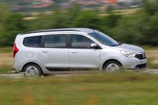 Сравнение Skoda Rapid, Dacia Lodgy и Kia Ceed